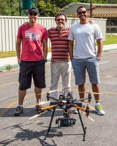 Meus parceiros  Dourado, Eduardo e o drone
